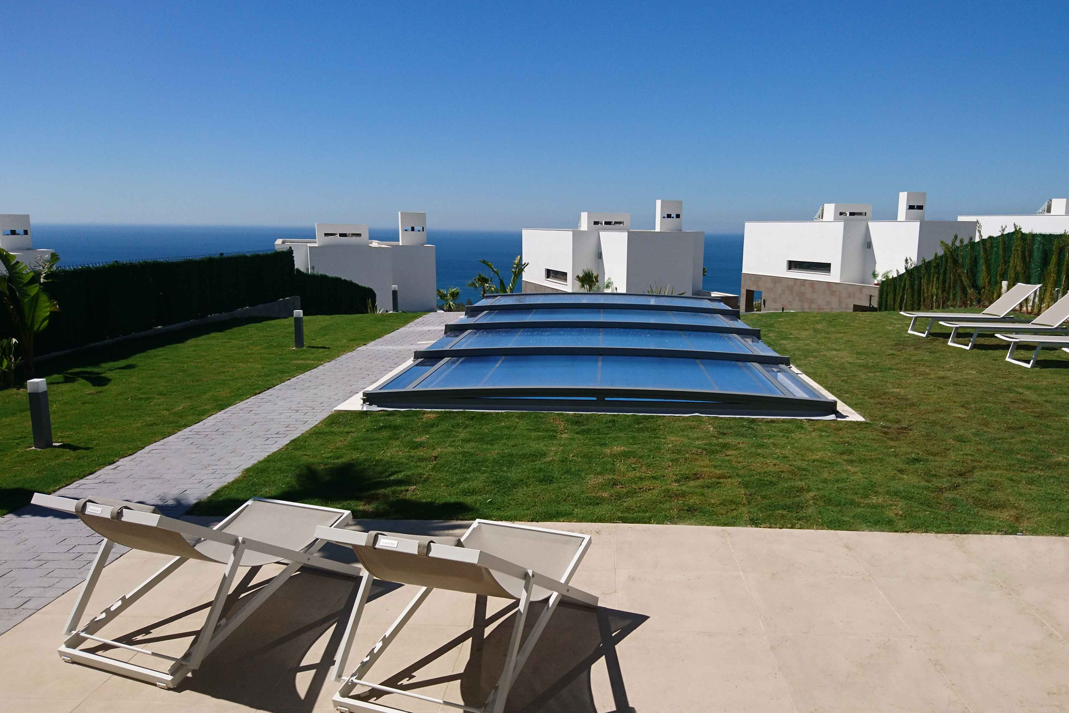 cubierta para piscina telescopica ultra baja Azenco